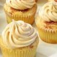 Image of Apple Golden Raisin Cheesecake Bars Recipe, Group Recipes