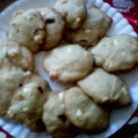 White Chocolate Chip And Caramel Cookies Recipe