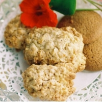 Image of Almond-oat Macaroons Recipe, Group Recipes