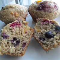 Hearty Peach And Blueberry Muffin Recipe